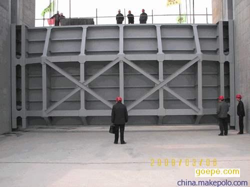 京娘湖上的钢制闸门没有了拿这张代替吧